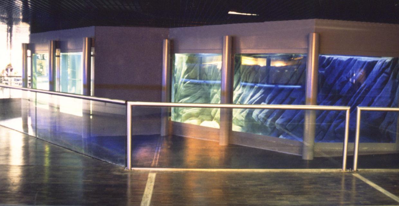 Aquariums, Aquariums, fishponds and zoos
